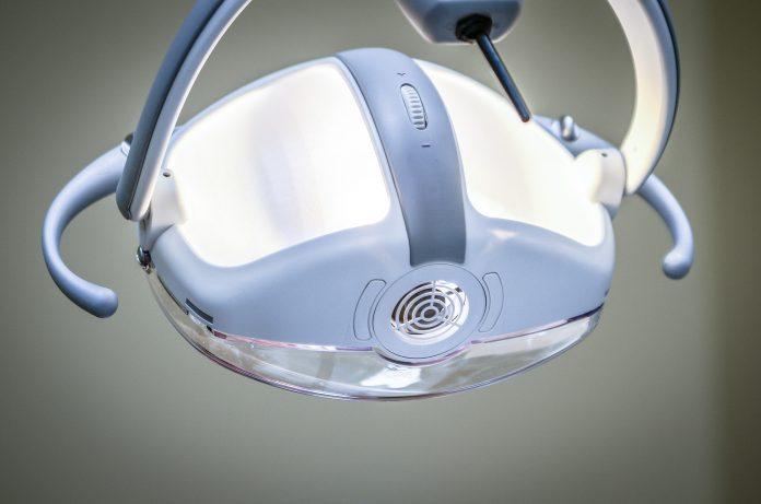 Proteza dentara mobila